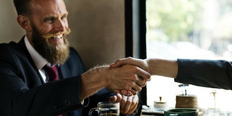 neverbalna komunikacija na poslovnom sastanku
