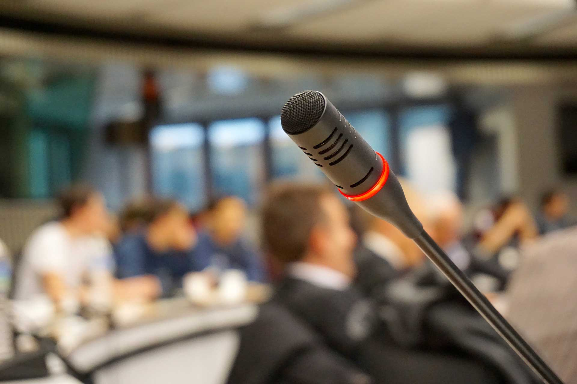 neverbalna komunikacija i javni govor